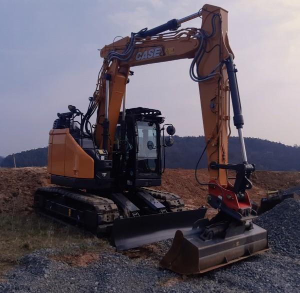 CX 145D SR Raupenbagger